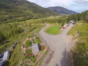 Home with two cabins on 20 private acres near Sun Peaks Resort