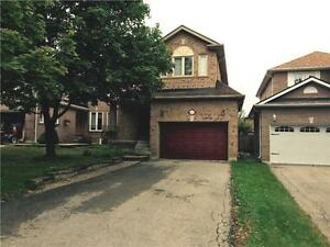 Detached three Bedroom in lovely neighbourhood Newmarket