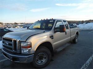 parting out 2009 Ford Super Duty F-250 for parts or wholesale !