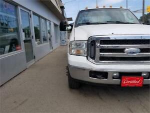 2005 Ford Super Duty F-350 Lariat 4x4 Dually Diesel Certified.