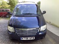 chrysler voyager 28 diesel auto low mile 54000 2006 blue mpv