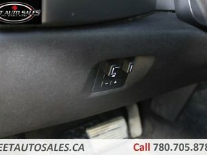 2011 Chevrolet Silverado 2500HD LT 4x4 Crew Cab Leather 6 Passen Edmonton Edmonton Area image 18