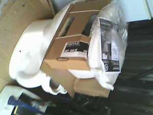 American Standard aravenna 3 toilet Brand New retails for $400