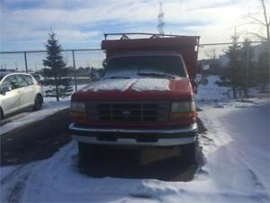 FORD F350 DOMPEUR AUTOMATIQUE 1995 BONNE CONDITION