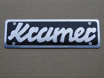 Kramer Schild / Haubenemblem aus Aluminium für Traktor / Schlepper (38
