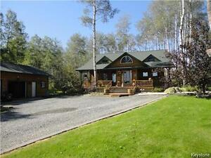 Gorgeous Half Log Cabin For Rent 5 Minutes from National Park