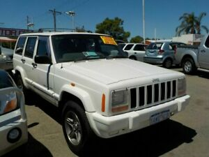 2001 Jeep Cherokee XJ Classic (4x4) White 4 Speed Automatic 4x4 Wagon