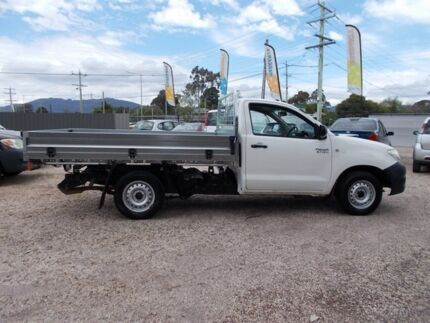 2009 Toyota Hilux TGN16R MY09 Workmate 4x2 White 5 Speed Manual Cab Chassis Bayswater North Maroondah Area Preview