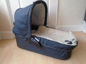 Disney carrycot with mattress-good condition