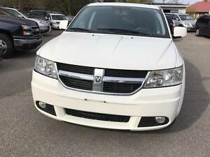 2010 Dodge Journey R/T , DVD , REAR VIEW CAMERA CERTIFIED ETEST