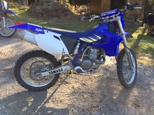 Yamaha WR 450F Dirt Bike