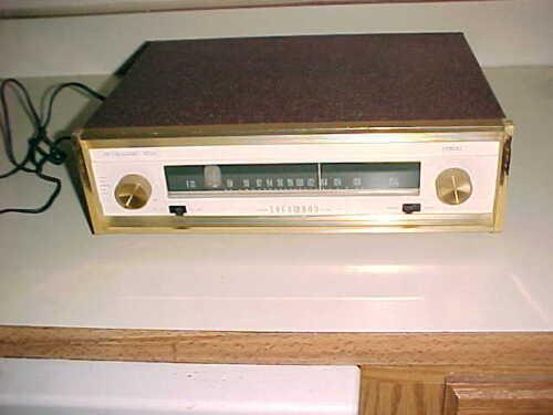 SHERWOOD  TUBE FM TUNER  -  S-3000 II  -  BROWN KRINKLE CASE -  VERY CLEAN