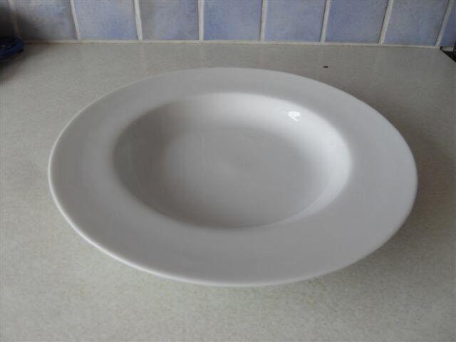 Bone china soup plates