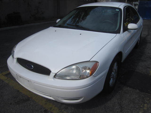 Image 1 of Ford: Taurus 4dr Sdn…