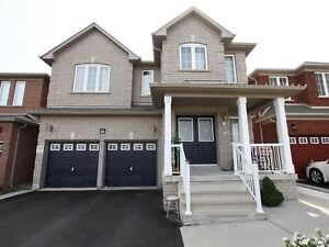 A NEWER 4+2 BED HOME IN BRAMPTON! DOUBLE CAR GARAGE!