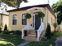 Renovated 2 bed. Ontario Cottage house in Old East Village