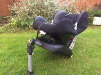Maxi Cosi Car seat and Isofix car seat base
