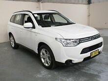 2013 Mitsubishi Outlander ZJ ES (4x4) White Continuous Variable Wagon Gateshead Lake Macquarie Area Preview