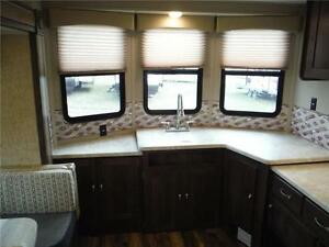 2017 Puma 39BHT 2 bedroom Park model Trailer - 3 power slideouts Stratford Kitchener Area image 5