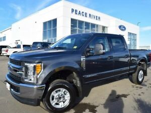 2017 Ford F-350 XLT 4x4 SD Crew Cab 6.75 ft. box 160 in. WB SRW