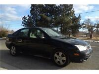 2005 FORD FOCUS ZX4*AUTO*A/C*LEATHER*HEATED SEATS&MORE