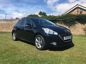 PEUGEOT 208 1.2 ALLURE 5d 82 BHP Very low mileage example (black) 2013