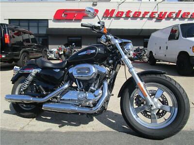 2016 Harley-Davidson XL1200C Sportster Custom  2016 Harley-Davidson XL1200C Sportster Custom