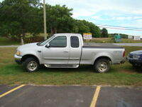 2000 Ford F-150   4X4  AS IS   E-Tested