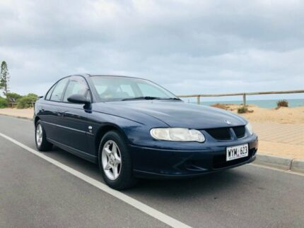 2001 Holden Commodore VX Acclaim Blue 4 Speed Automatic Sedan Christies Beach Morphett Vale Area Preview