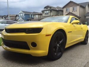 2014 Chevrolet Camaro 1LT RT (+ added features ) Coupe (2 door)