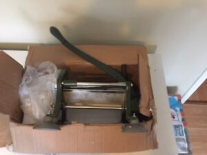 """""""TIGER CHEF"""" Heavy Duty Commercial French Fry Cutter"""