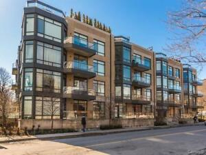 STUNNING  2 LEVEL PENTHOUSE CONDO IN WESTMOUNT WITH GARAGE