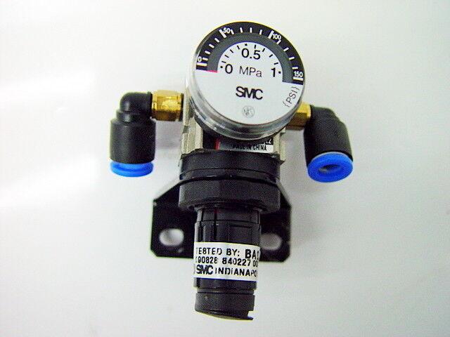 SMC AR10-M5H-12 Pressure Regulator