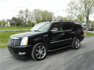 2008 Cadillac Escalade (AWD) (6 PLACES)