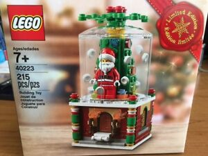 Lego Limited Edition Santa Claus Snow globe 215 pieces