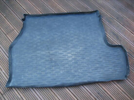 BMW Genuine 5 Series E60 Saloon Rubber Boot / Cargo Mat Liner
