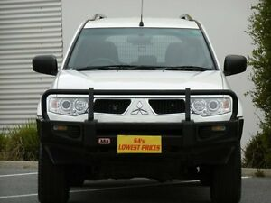 2011 Mitsubishi Challenger PB (KH) MY12 White 5 Speed Sports Automatic Wagon Melrose Park Mitcham Area Preview