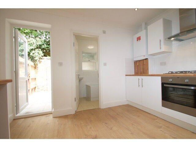 4 bedroom house in Glenavon Road, Stratford, London, E15