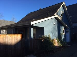 2 BEDROOM LANEWAY HOUSE FOR RENT (Kitsilano)