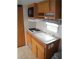 2003 Jayco Kiwi Too 26S Ultra Lite Travel Trailer with Slideout Stratford Kitchener Area image 14