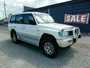 1999 Mitsubishi Pajero NL GLS White 5 Speed Manual Wagon