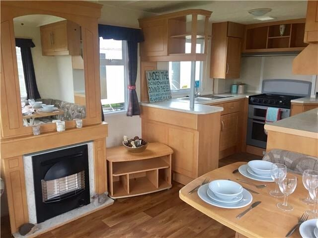 FIRST TIME BUYER SPECIAL Cheap Static Caravan For Sale On Family Holiday Park In