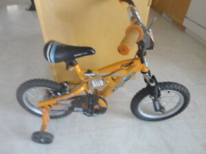 "Selling boys super cycle bike with 14"" wheels"