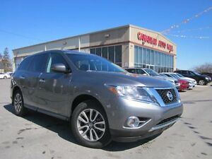 2015 Nissan Pathfinder 4X4, 7 PASS, ALLOYS, LOADED, 39K!