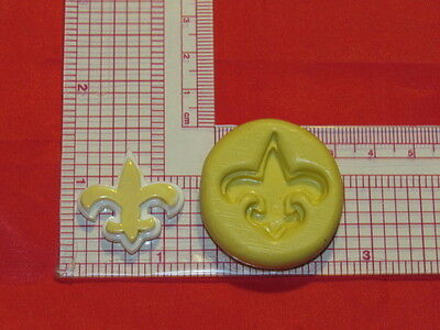 NFL Football New Orleans Saints Logo Silicona Push Molde 932 Chocolate Candy ()