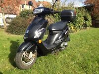 2010 Peugeot V-clic vclic 50cc black scooter moped low mileage 2 owners
