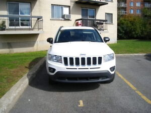 2012 Jeep Compass with 4 wheel drive
