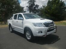 2013 Toyota Hilux SR5 White Automatic Dual Cab Utility Young Young Area Preview