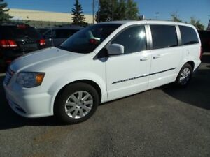 2014 Chrysler Town & Country Touring $82 Weekly O.A.C.