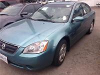 2002 Nissan Altima SL FOR PARTS OR FIX IT